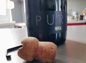 Movia Puro: Sparkling wine that you can disgorge at your home